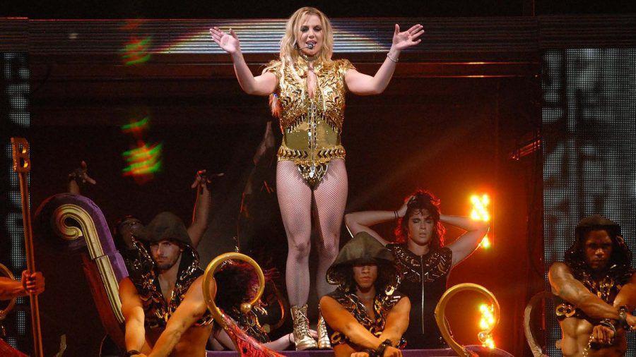 Nicht schwanger, keine Brust-OP, nur Britney Spears . (mia/spot)