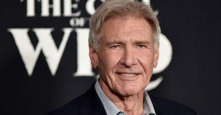 Der Schauspieler Harrison Ford gratulierte einem Londoner Feuerwehrmann.
