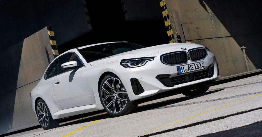 Es geht auch noch konventionell: BMW stellt auf der IAA das neue 2er Coupé mit Heckantrieb vor.