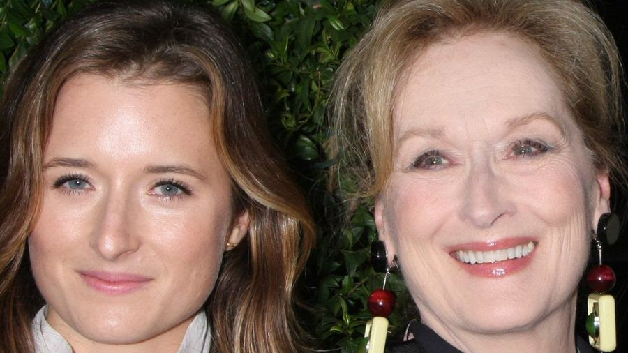Meryl Streep (r.) feiert am Wochenende die Hochzeit von Tochter Grace. (ili/spot)