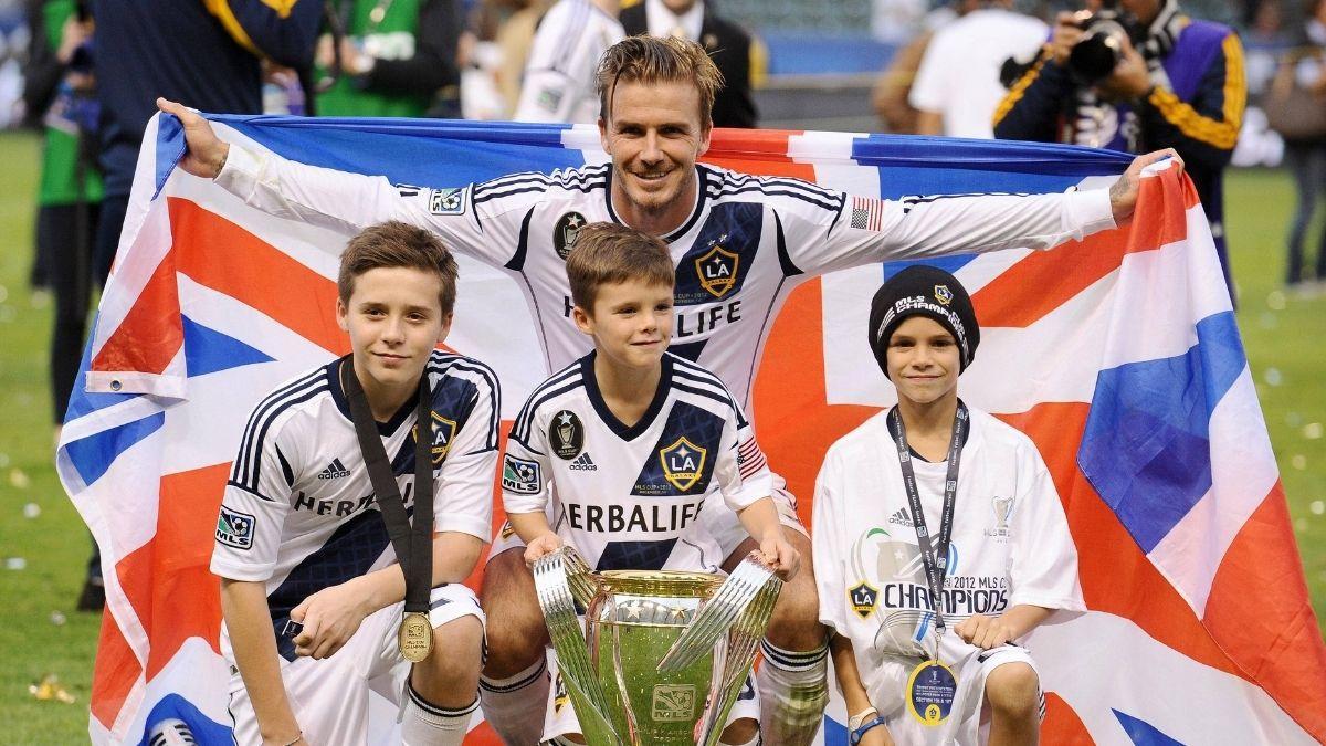 """Harper Beckham: Rutschpartie mit Papa David"""" class=""""size-full wp-image-958532"""