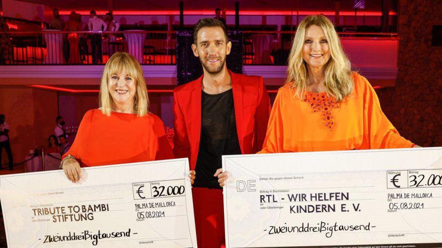 "Patricia Riekel, Marcel Remus und Frauke Ludowig (v.l.n.r.) bei der ""Remus Charity Night"" 2021 (aha/spot)"