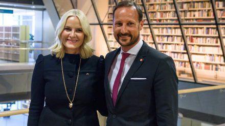 20 Jahre glückliche Ehe: Mette-Marit und Haakon (mia/spot)