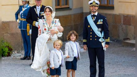 Prinzessin Sofia, Prinz Julian, Prinz Gabriel, Prinz Alexander und Prinz Carl Philip bei der Taufe des kleinen Julian  (mia/spot)