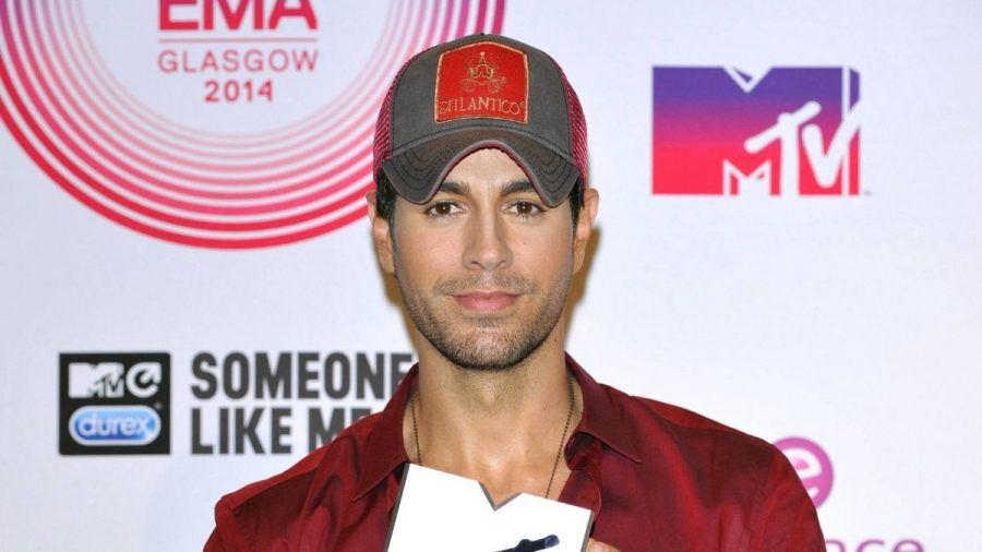 Enrique Iglesias, Johnny Knoxville und Co.: Stars, die nicht gut bestückt sein sollen!
