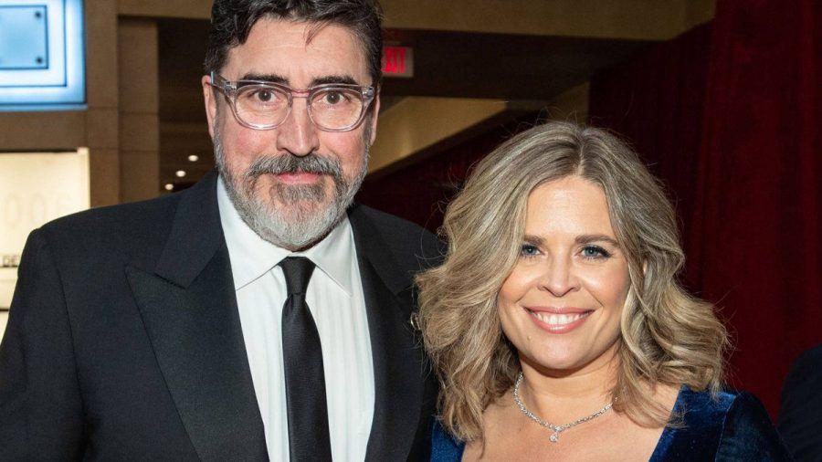 Alfred Molina und Jennifer Lee bei den Oscars 2019 (jom/spot)