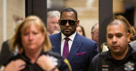 R. Kelly bei einem früherenGerichtstermin in Chicago zu Unterhaltszahlungen für seine Kinder.