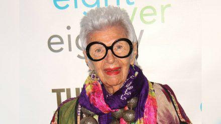 Die New Yorker Social-Media- und Lifestyle-Ikone Iris Apfel feiert 100. Geburtstag. (ili/spot)