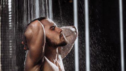 Wie oft sollte man duschen? (hub/spot)