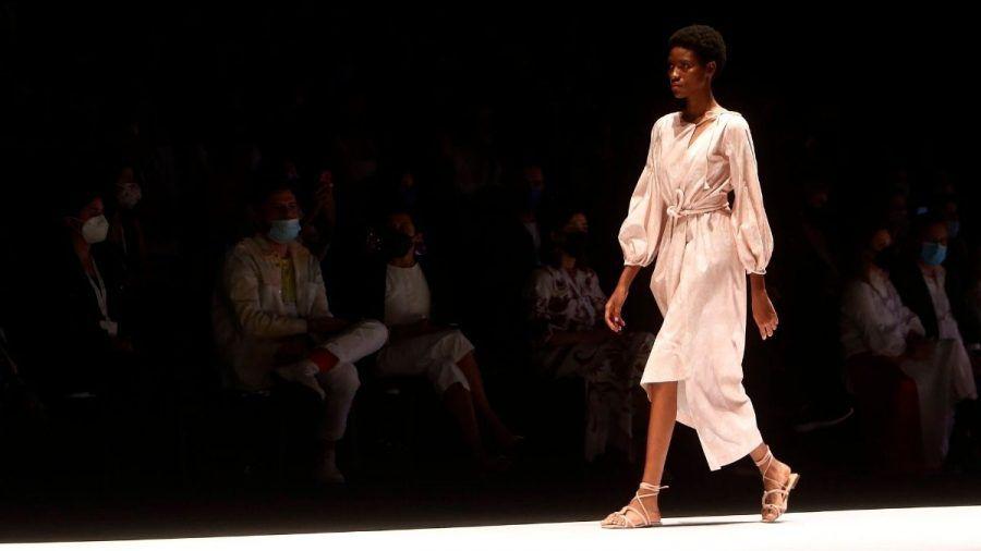 Der Mode-Monat geht los: Wo und wie die Fashion Weeks von Mailand bis New York diese Saison stattfinden