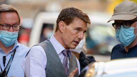 """Tom Cruise am Set von """"Mission: Impossible 7"""" im vergangenen Jahr in Rom. (wue/spot)"""
