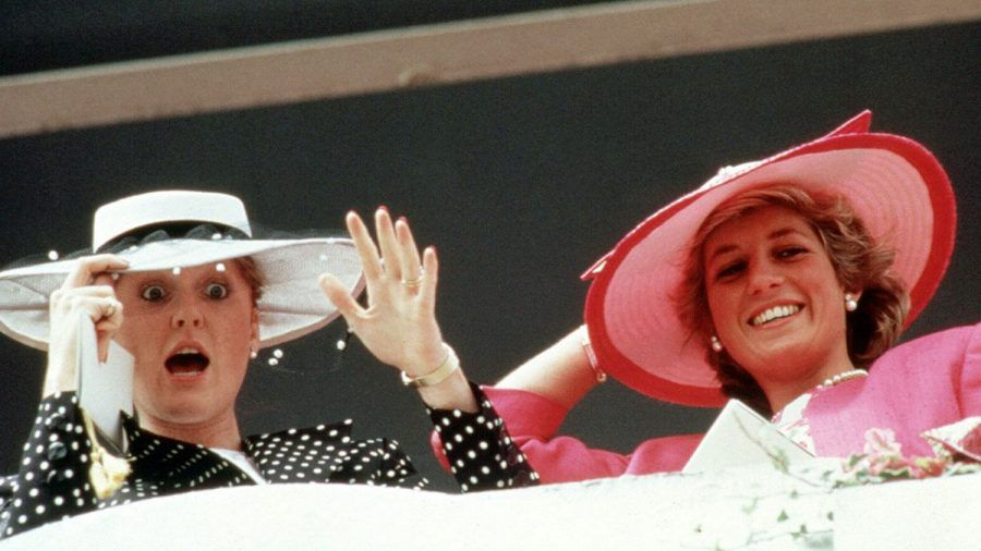 Sarah und Diana 1987.