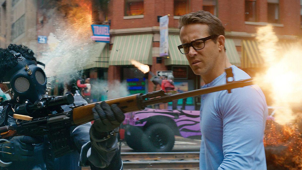 Ryan Reynolds und das blaue Hemd: Diese Stars lieben blau