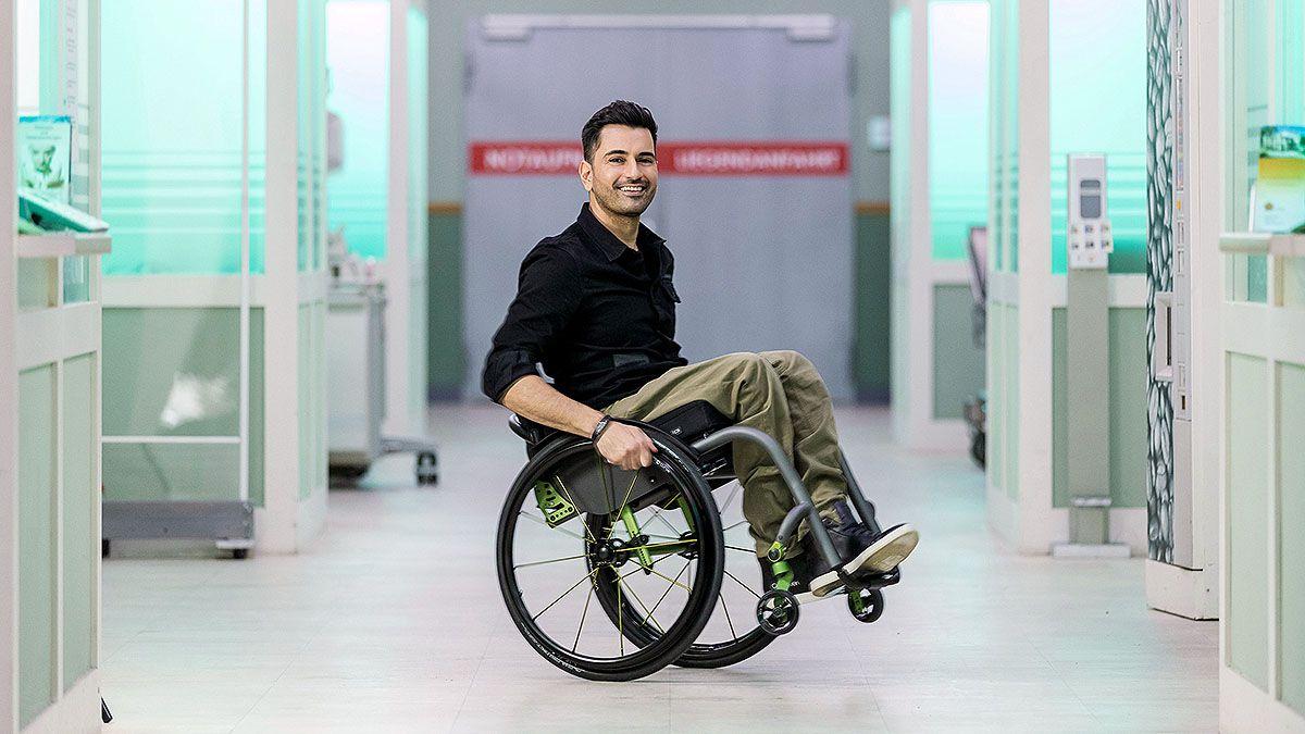 """Tan Caglar: Alles über den Neuen bei """"In aller Freundschaft"""" und im """"Tatort"""""""