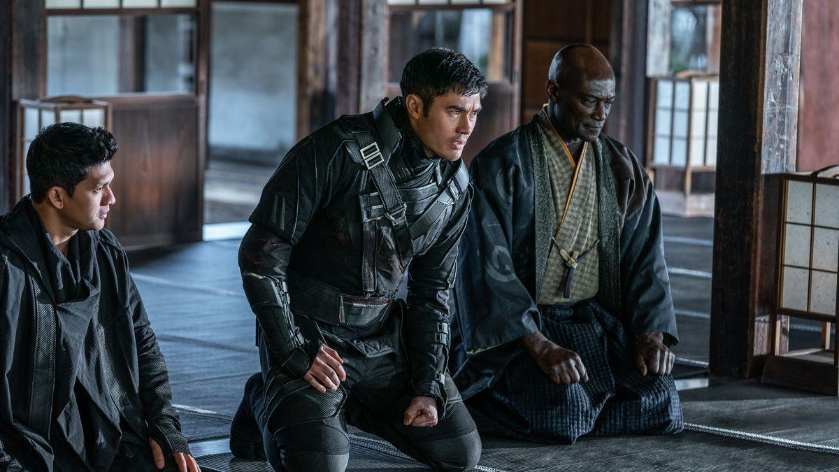 """Filmkritik """"Snake Eyes"""": Klirrende Schwerter in Martial-Arts-Rachedrama"""