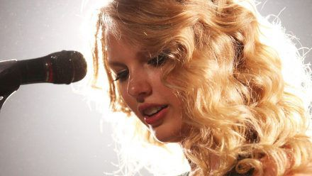 Taylor Swift überrascht mit rätselhaftem Video