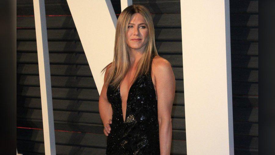 Jennifer Aniston guckt sich um - auch außerhalb der Hollywood Hills. (mia/spot)