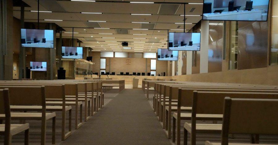 In einem speziell angefertigten Gerichtssaal beginnt der Prozess um die islamistischen Terroranschläge.