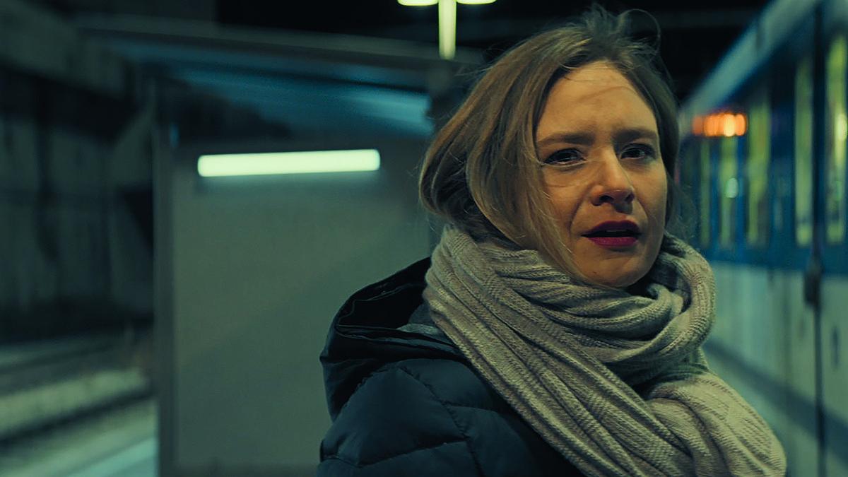 """Filmkritik """"Waren einmal Revoluzzer"""": Sarkastisches Drama mit Julia Jentsch"""