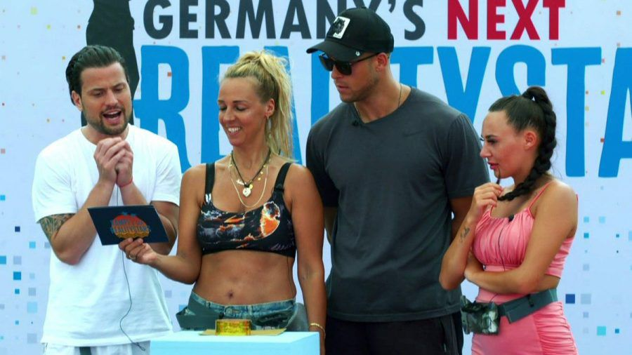 Rocco Stark, Loona, Andrej Mangold und Alessia Herren (v. l.) hoffen aufs Finale. (smi/spot)
