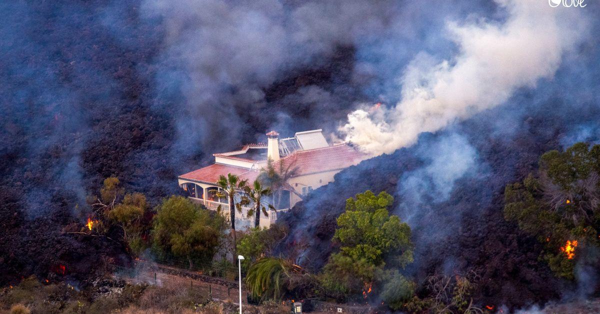 Traurige Bilder: Die Menschen auf La Palma retten, was zu retten ist