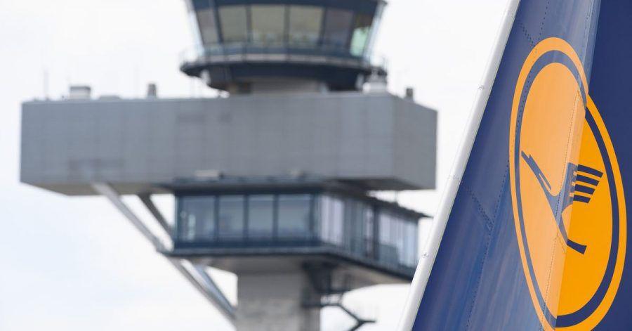 Bei Lufthansa ist die Ausstellung einer mobilen Bordkarte auf demHandy jetzt wieder auf vielen Flügen möglich.