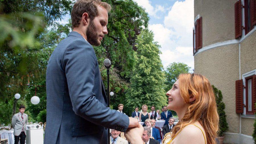 """""""Sturm der Liebe"""": Maja macht Florian spontan einen Heiratsantrag. (cg/spot)"""