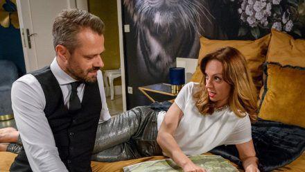 """""""Sturm der Liebe"""": Ariane weiht Erik genauer in ihren neuen Plan ein. (cg/spot)"""