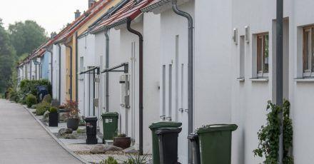 Gebühren für Abwasser, Müll sowie die Höhe der Grundsteuer variieren in Deutschland stark zwischen den einzelnen Kommunen. Zu diesem Ergebnis kommt nun eine Studie.