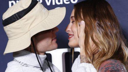 """Hailey und Justin Bieber bei einer Vorführung der Bieber-Doku """"Justin Bieber: Our World"""" am Dienstag in New York City. (ili/spot)"""