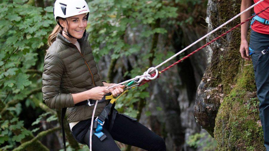 Herzogin Kate bei einer Klettertour in Cumbria. (eee/spot)