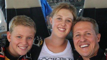Michael Schumacher mit seinen beiden Kindern Mick und Gina-Maria. (stk/spot)