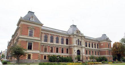 Das Gebäude des Amts- und Landgerichts in Zwickau.
