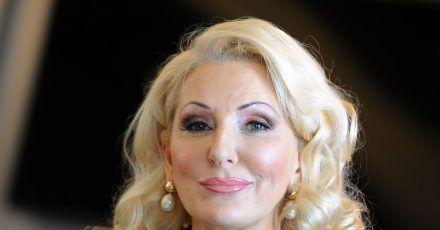 Die Entertainerin Désirée Nick feiert ihren 65. Geburtstag.