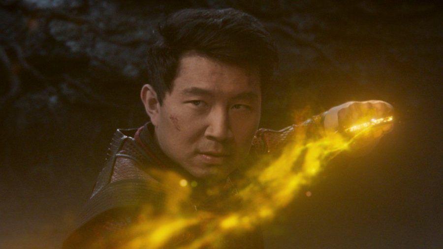 Der Kanadier Simu Liu spielt die Hauptfigur Shang-Chi. (smi/spot)