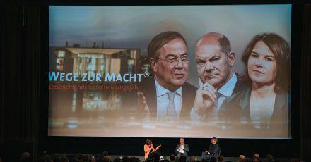 Preview der Dokumentation «Wege zur Macht. Deutschlands Entscheidungsjahr» in Berlin - mit anschließender Podiumsdiskussion.