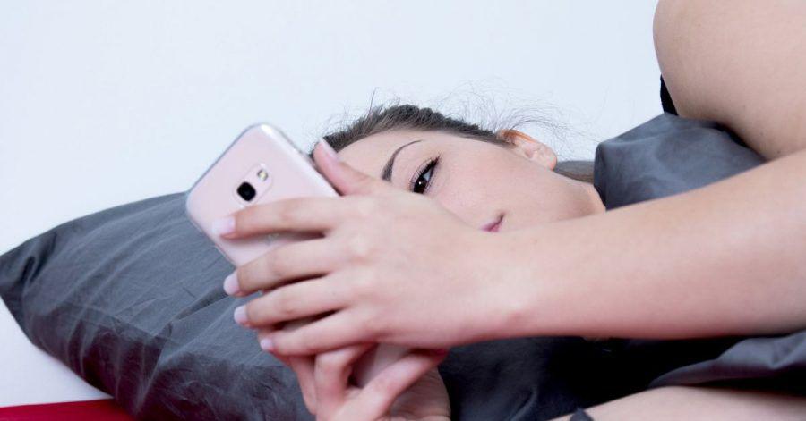 Ist es wirklich schon so spät? Wenn der Wecker - oder das Smartphone - nicht klingelt, hat man meistens ein Problem.