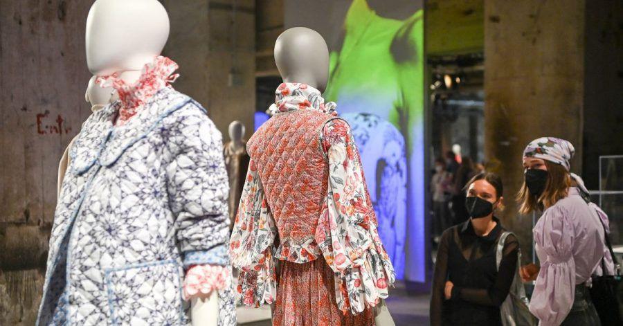 Die Gruppenausstellung «Der Berliner Salon» mit Kollektionen deutscher Designer bei der Mercedes-Benz Fashion Week.