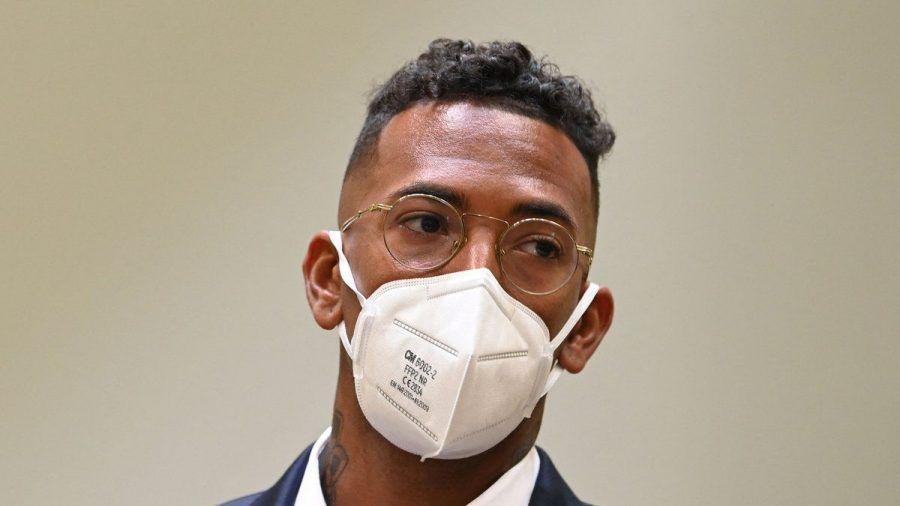Jérôme Boateng vor dem Amtsgericht München am 9. September 2021. (wue/spot)