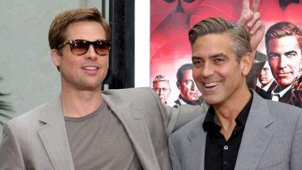 """Brad Pitt und George Clooney bei einem Pressetermin zu """"Ocean's 13"""" (jom/spot)"""