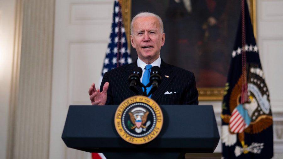 """Joe Biden hat seine """"Booster-Impfung"""" erhalten. (wag/spot)"""