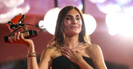 Audrey Diwan, Regisseurin aus Frankreich, erhält den Goldenen Löwen für «Happening» («L'événement»).