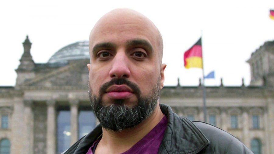 """In zwei Folgen will Comedian Abdelkarim bei """"Endlich Klartext"""" Politiker vor der Bundestagswahl mit realen Problemen konfrontieren. (nra/spot)"""