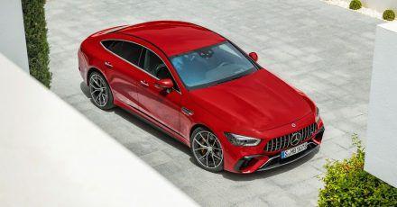Potenter Brummer: Der Mercedes-AMG GT Viertürer 63 S bringt es Dank Plug-in-Hybridtechnik auf 843 PS. Rein elektrisch kann er allerdings nur zwölf Kilometer weit fahren.