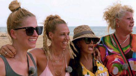 Xenia, Loona, Kader und Silvia (v.l.) freuen sich aufs Finale. (smi/spot)
