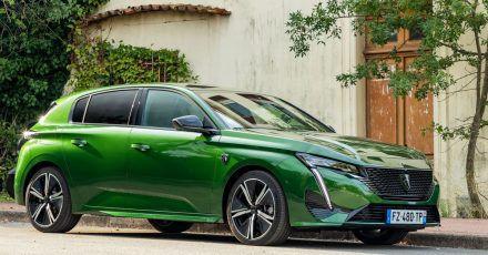 Neue Generation: Die Schrägheckmodelle vom 308 bringt Peugeot noch 2021 in den Handel.