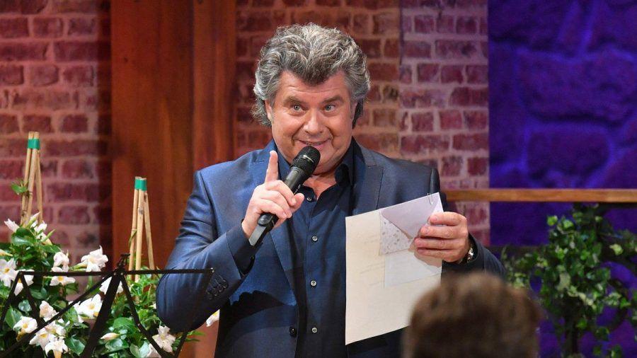 """Andy Borg freut sich über die Jubiläumsausgabe seiner Show """"Schlager-Spaß"""". (tae/spot)"""