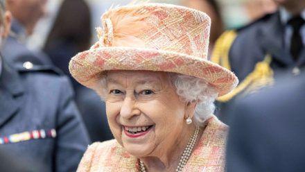 Queen Elizabeth II. erfreut sich bester Gesundheit, dennoch gibt es Pläne für die Zeit nach ihrem Tod. (dr/spot)