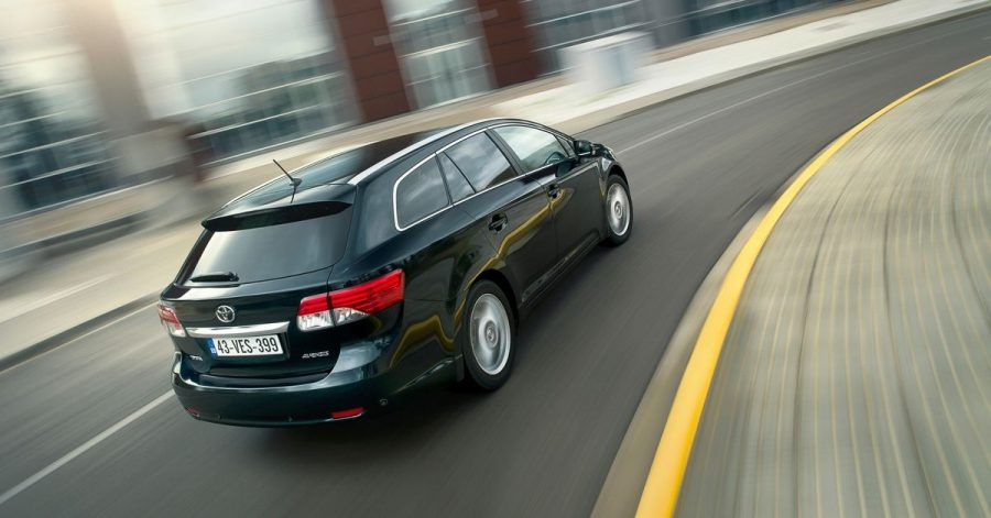 Unauffälliger Gleiter: Die Avensis-Modelle von Toyota kommen bei den Tüv-Experten gut weg.