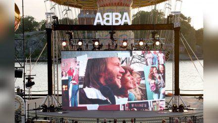 """ABBA kündigte ihr neues Album """"Voyage"""" mit einem Event in Stockholm an. (dr/spot)"""